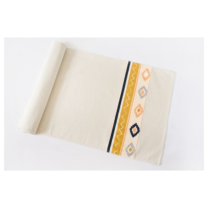 LAIA Table runner - Bound