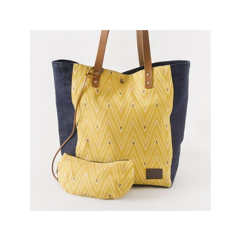 Daisy purse