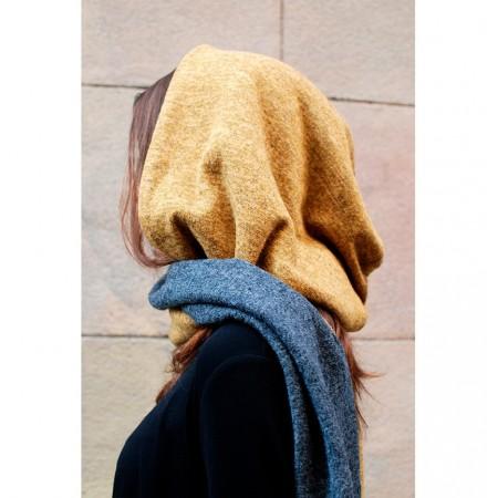 Bufanda con capucha Inés