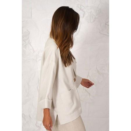 Lateral de la jaqueta crua Claricia de lli i cotó.