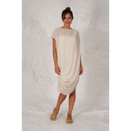 Beige dress draped on the shoulder with an interior bandeau.