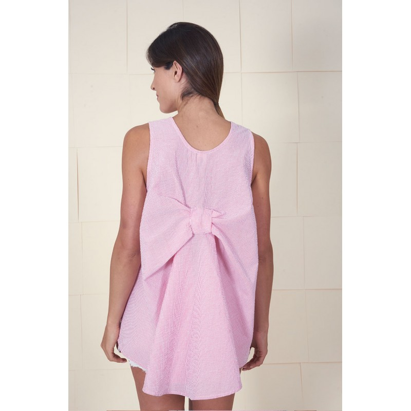 Pink 100% cotton striped sleeveless blouse with a back lace.