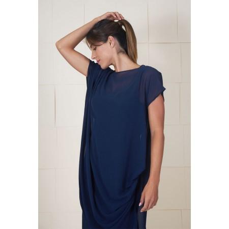Vestido Dumas azul drapeado en hombro y lateral, de largo asimétrico con bandeau interior.