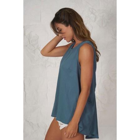 Blusa azul sin mangas 100% algodón con espalda en forma de lazo con espalda más larga que el delantero.