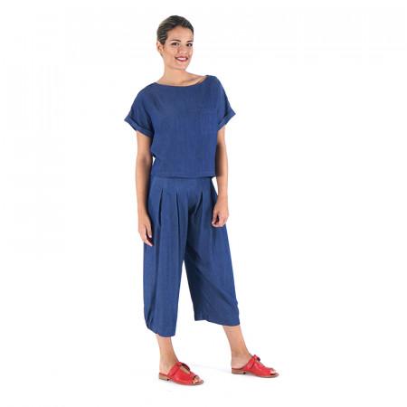 Conjunto de blusa mil rayas azules y pantalón corsario