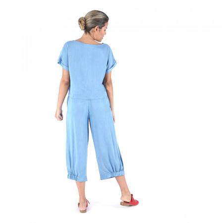 Pantalón lyocell azul claro y blusa lyocell azul claro