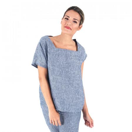 Blusa de lino azul con mangas asimétricas