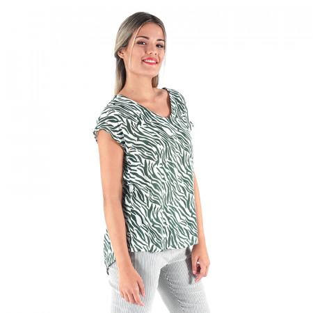 Blusa estampada zebra verde con espalda en pico
