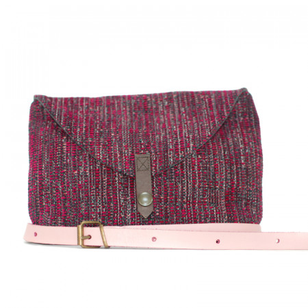 Upholstery fanny pack with pink leather band