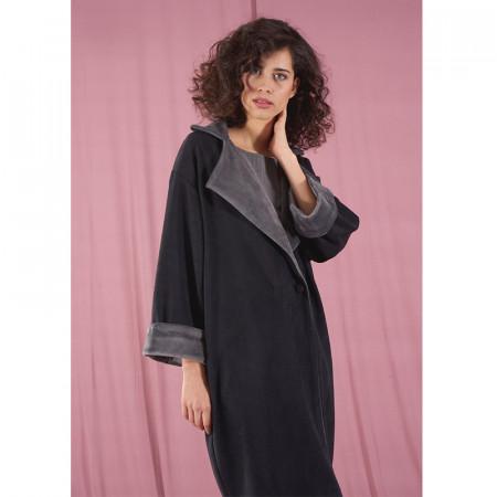 Grey coat Hela