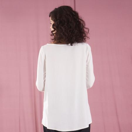 Brusa blanca de viscosa i llarg asimètric Dona Kolors