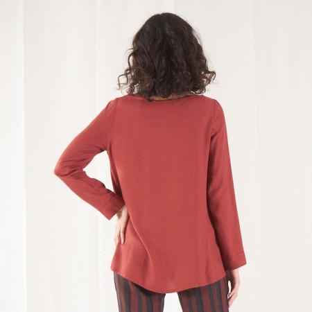 Blusa de viscosa teja y largo asimétrico