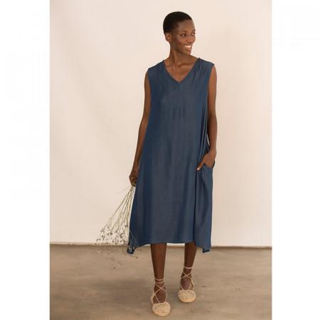 Vestido azul de tencel con bolsillos sin mangas