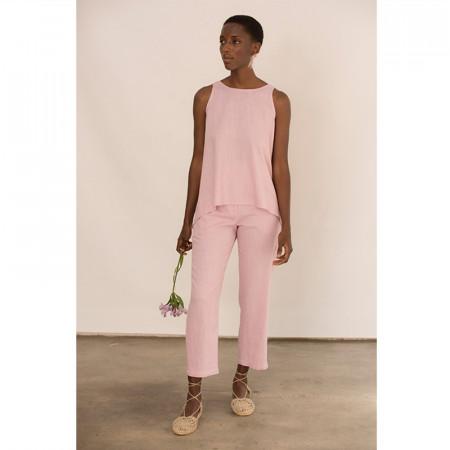 Blusa rosa de lino y viscosa y pantalón tobillero a conjunto
