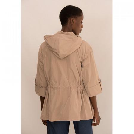 chaqueta fluida ajustable beige con capucha y bolsillos