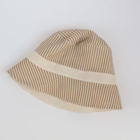 Beige linen beach cap